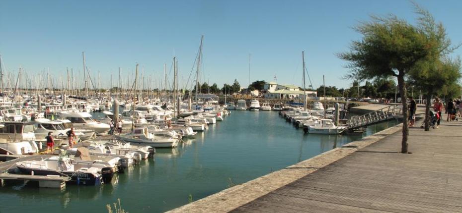 Saint Denis d'Oléron et son port de plaisance